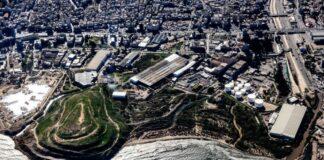 Vue aérienne de la montagne d'ordures de Bourj Hammoud, avant sa réhabilitation. Photographie prise le 22 janvier 2016. Crédit Photo: François el Bacha, tous droits réservés.
