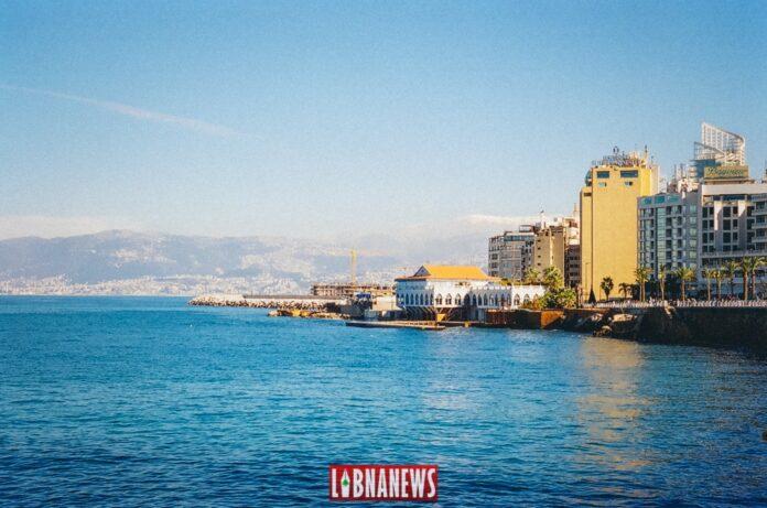 Vue depuis la corniche de Beyrouth. Crédit photo: François el Bacha pour Libnanews.com. Tous droits réservés