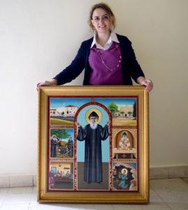 Pascale El Corm avant de livrer l'icône au monastère.  Crédits Photos : Marie-Josée Rizkallah
