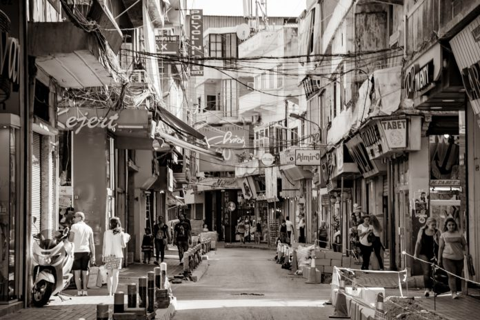 Une ruelle de Bourj Hammoud, quartier arménien de Beyrouth. Source Photo: Pixabay.com