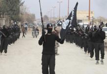 Les soldats de Daech, photo extraite du documentaire Daech, naissance d'un État terroriste. Alatele fr/Flickr, CC BY-SA