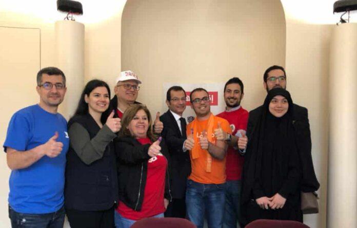 Les expatriés libanais votent aujourd'hui, ici au bureau de vote de Boulogne-Billancourt. Source Image: Ambassade du Liban en France - Facebook