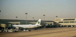 Des avions de la MEA stationnés à l'Aéroport International de Beyrouth. Crédit Photo: François el Bacha, tous droits réservés.