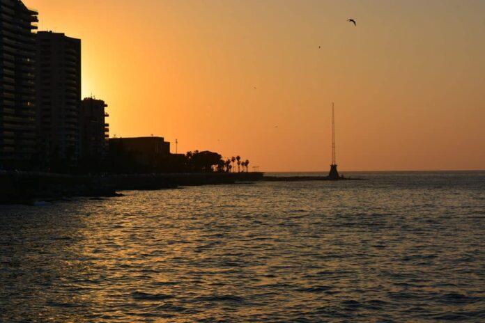 Le coucher du Soleil sur Beyrouth. Crédit Photo: RahelRizgar22 , Pixabay