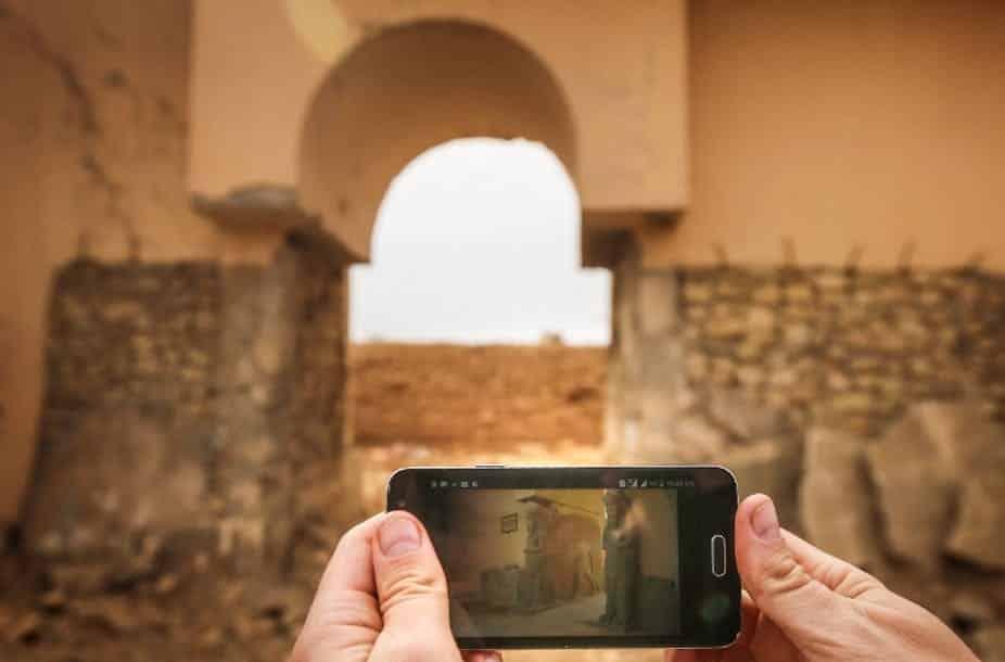 Photo datée du 15 novembre 2016, montrant les ruines de l'antique cité de Nimrud, à quelques 30 kilomètres de Mossoul, où de nombreuses pièces ont été pillées. SAFIN HAMED / AFP