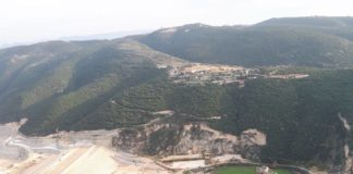 Le Barrage de Nahr Jawz avec le château de Mseilha en contrebas