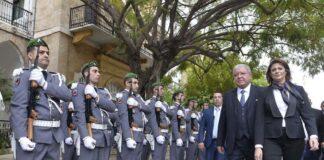 La passation des pouvoirs au Ministère de l'Intérieur entre Raya el Hassan et Nouhad Machnouk. Crédit Photo: Dalati & Nohra