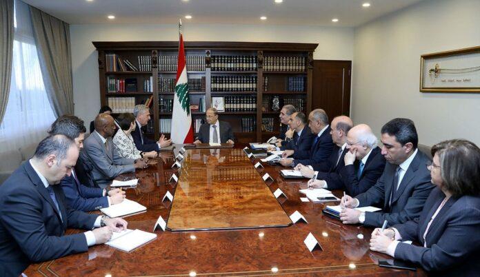 Le Président de la République avec une délégation du HCR. Crédit Photo: Dalati & Nohra