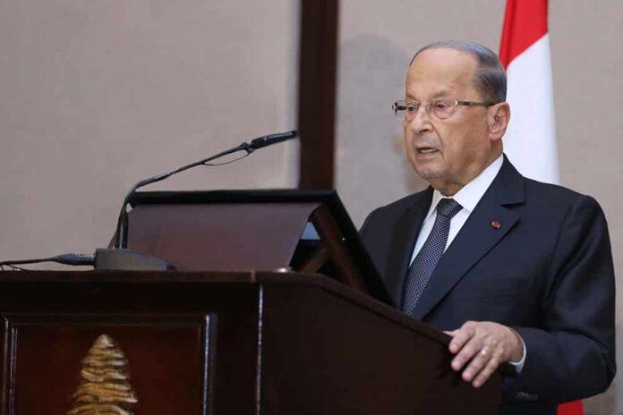 Le Président de la République, le Général Michel Aoun, prononçant son discours lors de l'ouverture du congrès de la Rencontre Levantine, ce lundi 14 octobre 2019. Crédit Photo: Dalati & Nohra