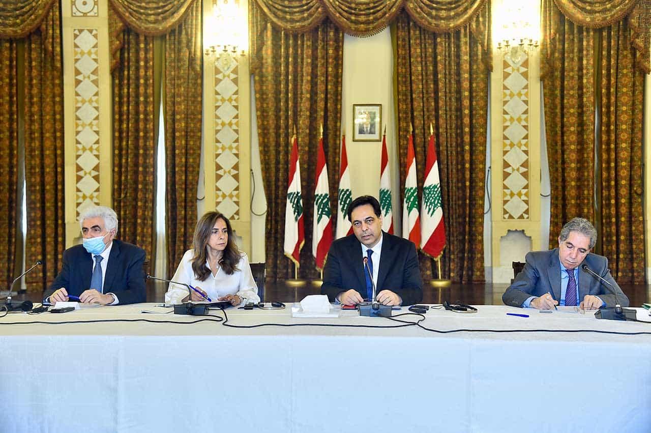 Le Premier Ministre Hassan Diab, le 6 mai 2020, lors d'une réunion pour discuter du plan de sauvetage de l'économie libanaise. Crédit Photo: Dalati & Nohra