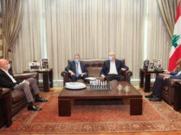 Les 4 anciens premiers ministres Najib Mikati, Fouad Saniora, Saad Hariri et Tammam Salam. Crédit Photo: NNA