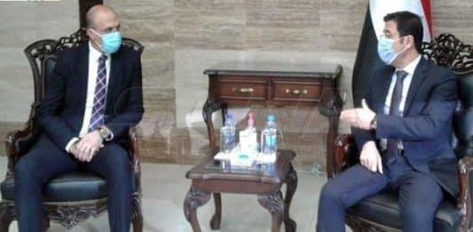 Le ministre libanais de la Santé, Hamad Hassan en compagnie de son homologue syrien Hassan Al-Ghabbache. Crédit Photo: NNA